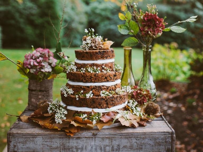 booze wedding cakes